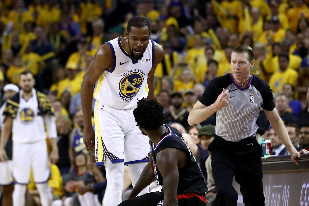 46ebb3e98de Warriors Game Breakdown  Dubs dominate the Clippers in Game 1 ...