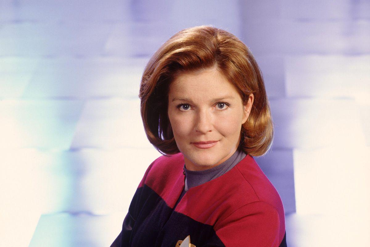 Publicity Stills Of Star Trek: Voyager