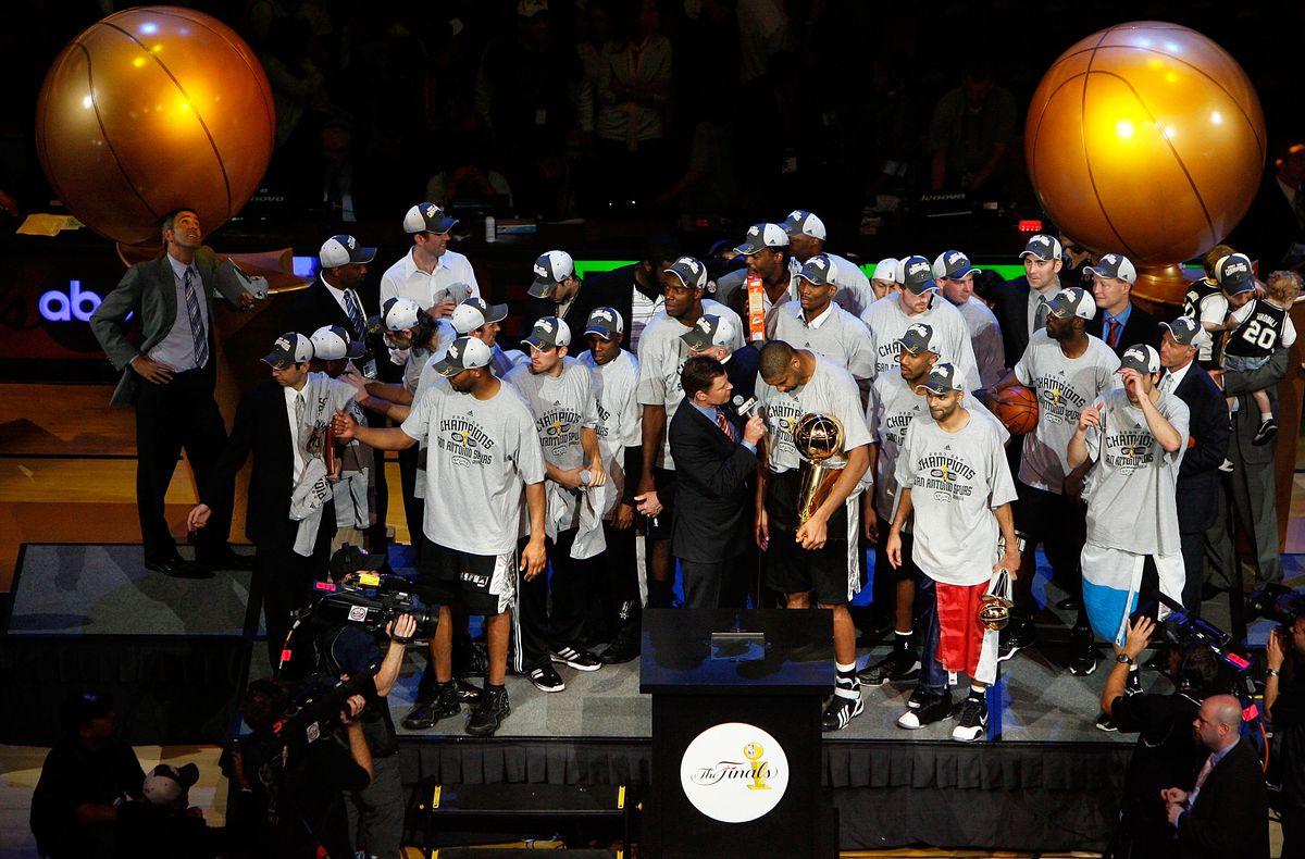 Game 4: San Antonio Spurs v Cleveland Cavaliers
