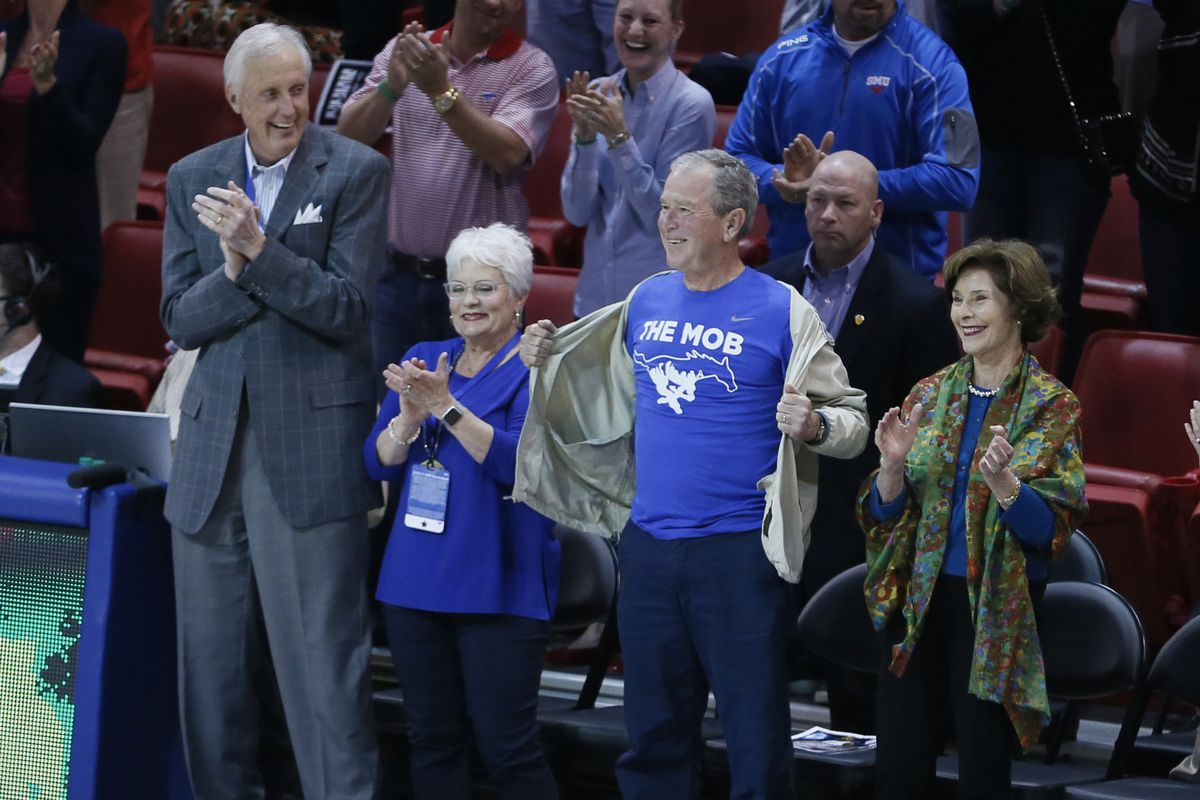 George W Bush Shows Off Smu Fandom During The Mustangs Biggest Win This Season Sbnation Com