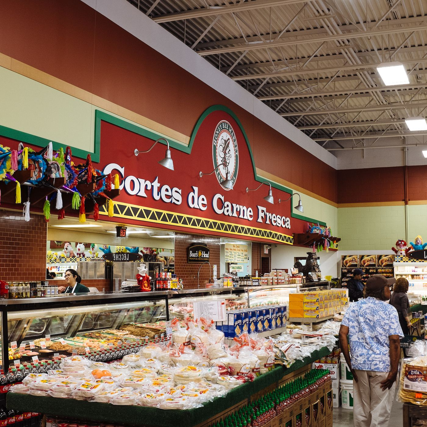 Detroit Grocery Store Honey Bee Market Will Close For Paid Staff