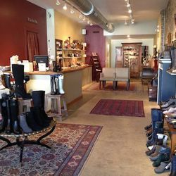 """This fabulous Roscoe Village boutique has been a community sweetheart since it opened six years ago. A European-inspired store, <a href=""""http://apiedshoeboutique.blogspot.com/"""">A Pied</a> focuses on a cool mix of trendy and comfort without sacrificing you"""
