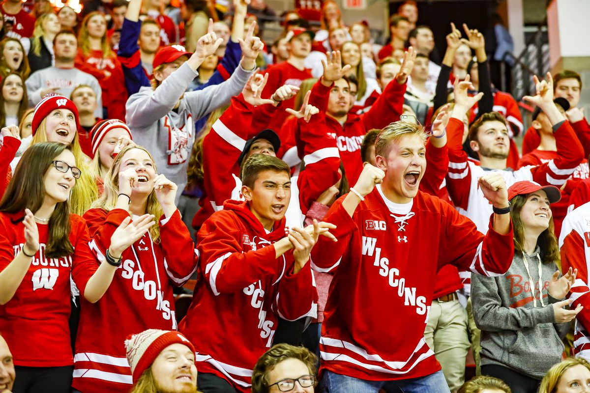 COLLEGE HOCKEY: JAN 27 Penn State at Wisconsin