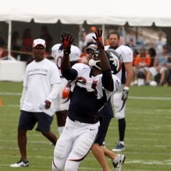 Broncos RB Ronnie Hillman makes his 'arm basket' for the ball to drop right in