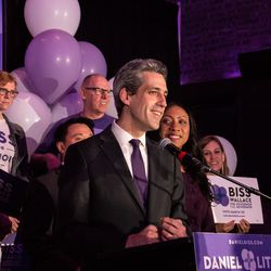 Daniel Biss speaks at Old Country Smokehouse, Tuesday night. | Erin Brown/Sun-Times
