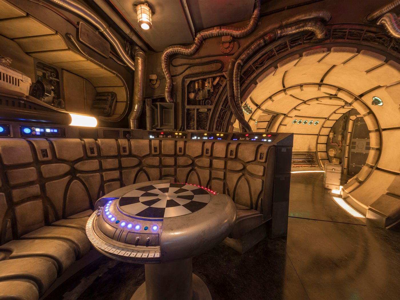 Disney S Star Wars Land Will Open May In California August In Florida Polygon