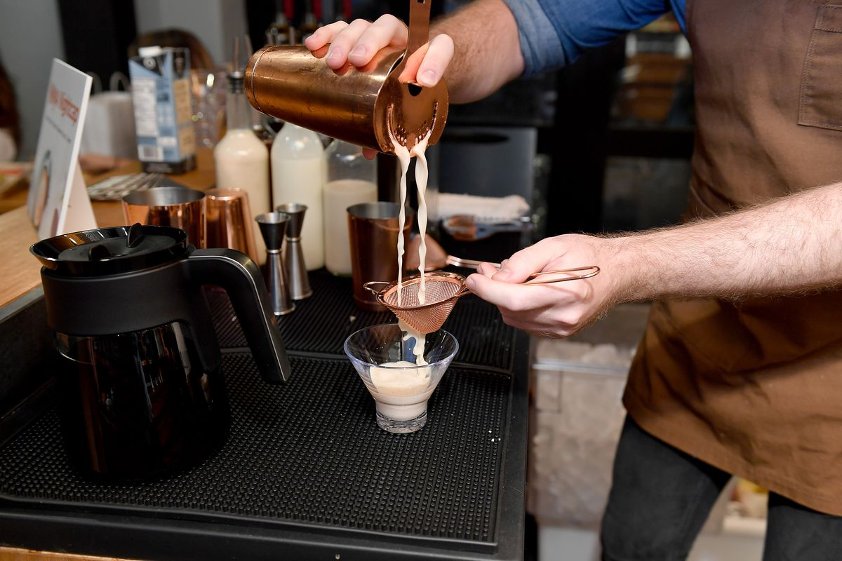 Ninja Brings The Coffeeshop Experience To Your Kitchen With The Ninja® DualBrew Pro Specialty Coffee System
