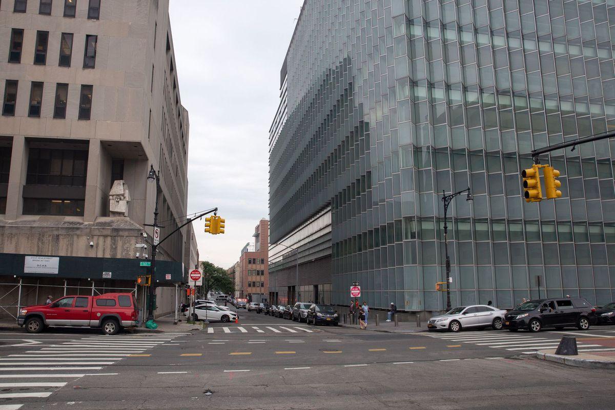Bronx Court Buildings