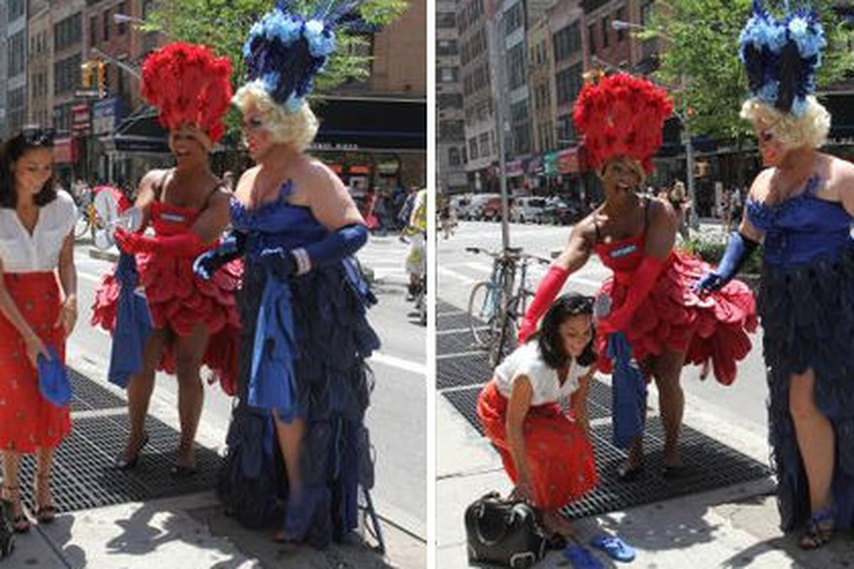 Old navy drag queens flip flops made her thinks last sale drag queens wearing dresses made of old navy flip flops stop olivia munn on the street publicscrutiny Image collections