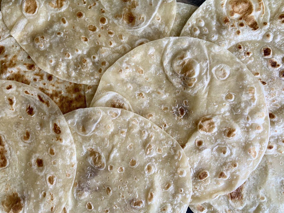 Pollo Feliz's flour tortillas