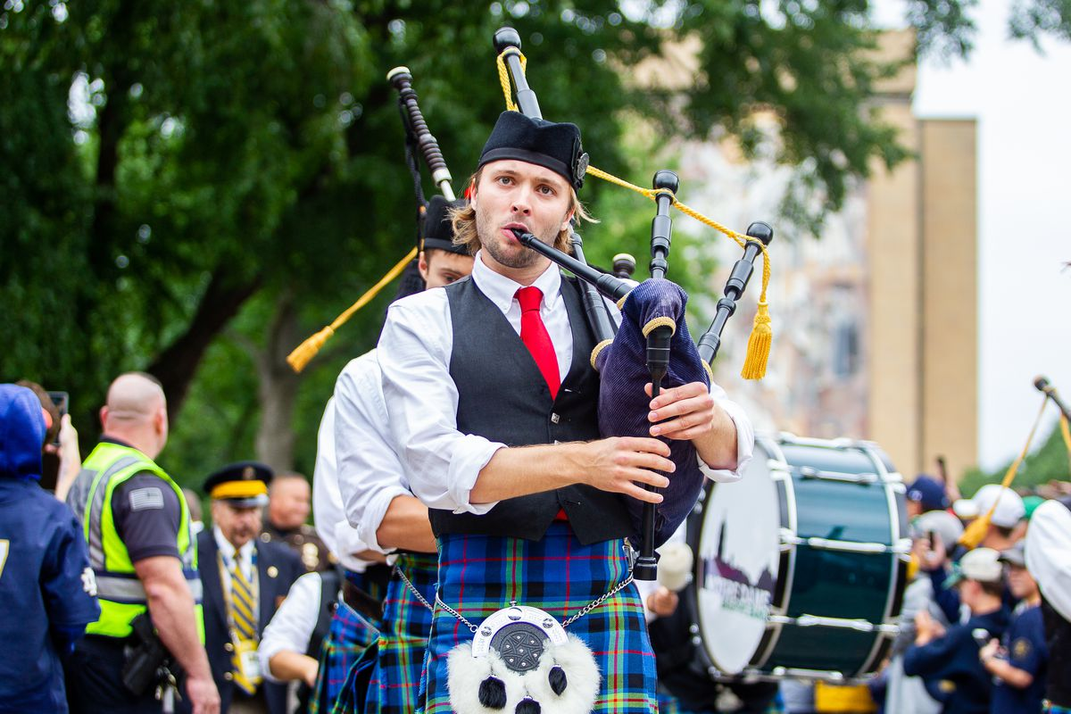 notre dame bagpipe band