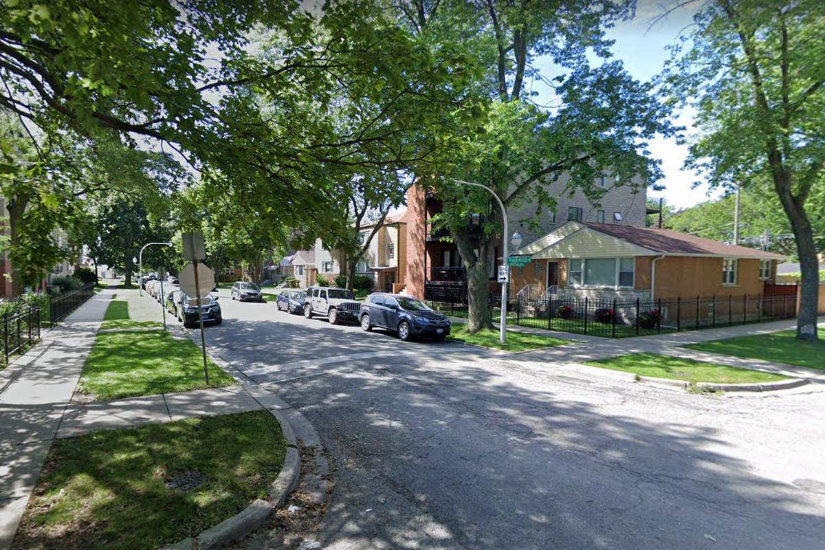 The 6400 block of North Sacramento Avenue.
