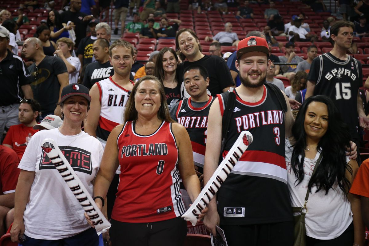 info for 9bdf8 67f5c Trail Blazers Fans in Las Vegas React to Summer League ...