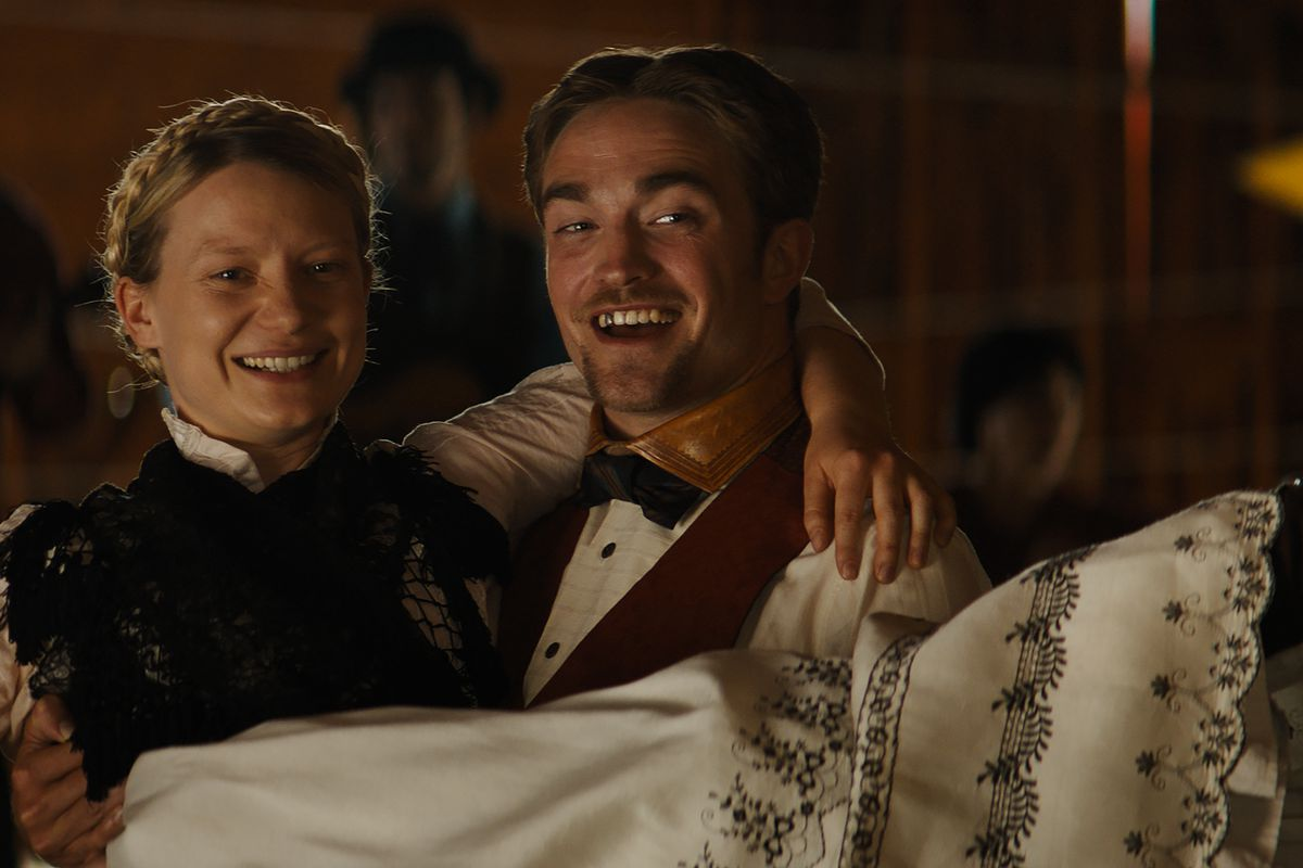 robert pattinson s post twilight career is filled with amazing