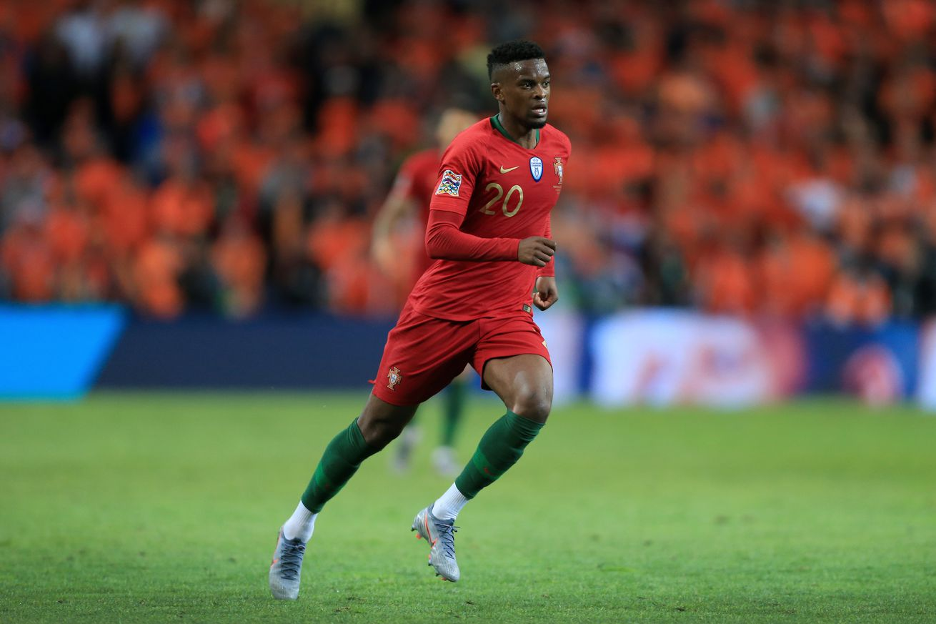 Semedo stretchered off during Portugal?s clash with Serbia