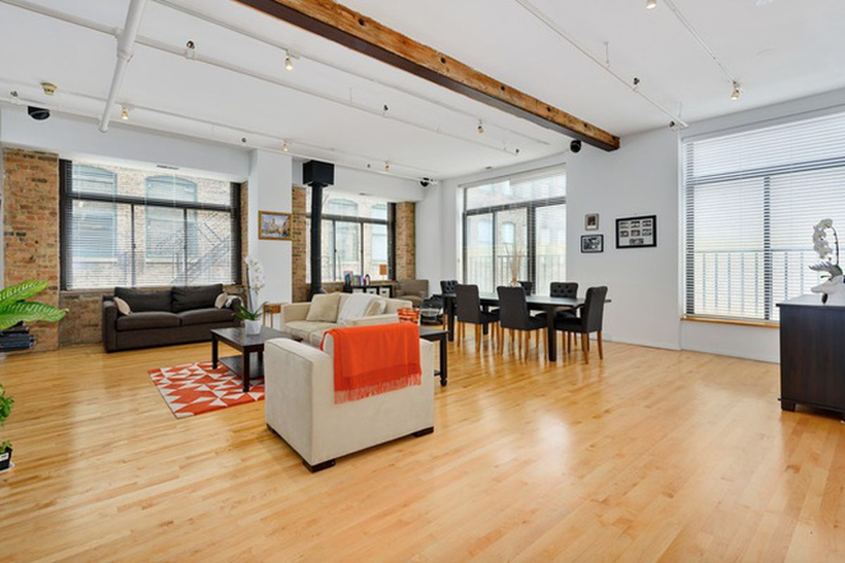 Two Great Downtown Corner Lofts For Sale Curbed Chicago