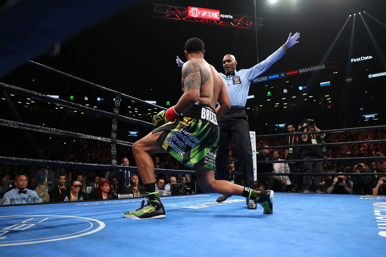 1150198016.jpg.0 - Breazeale on Wilder KO: 'I think the ref stopped it a little early'