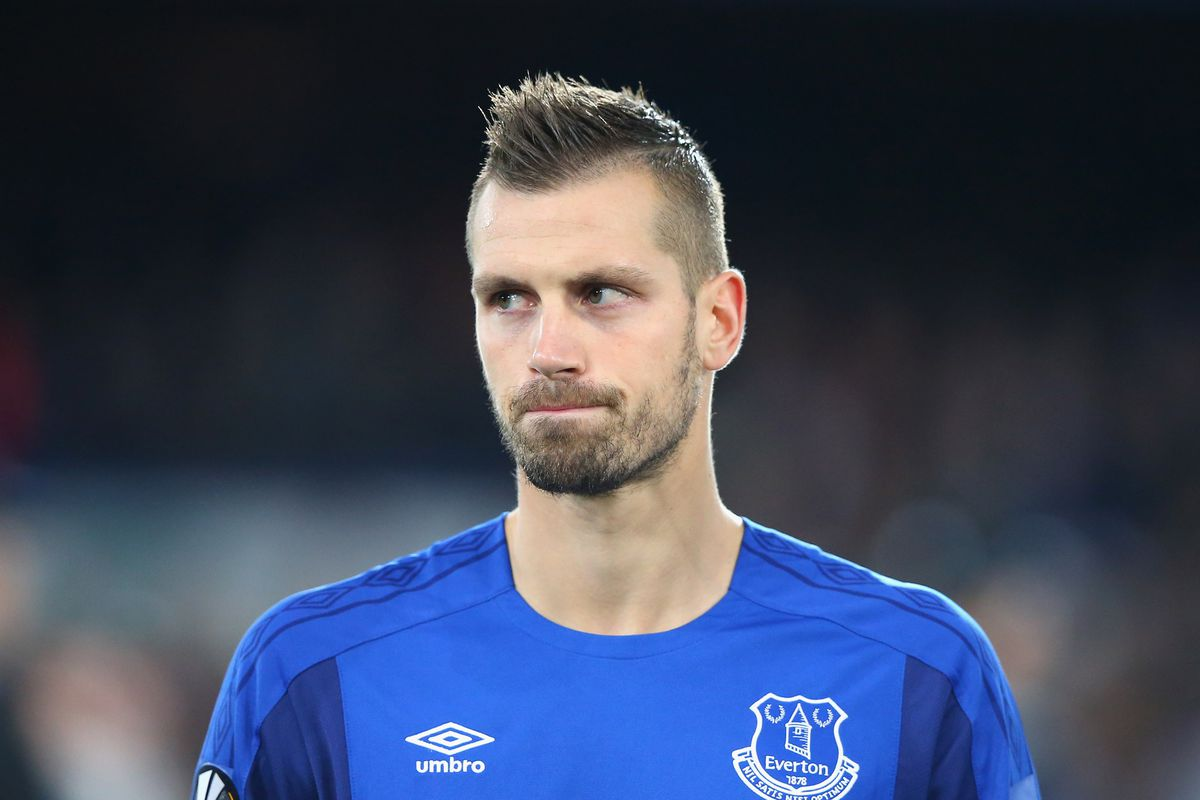 Chris hyndman hair piece - What S Wrong With Morgan Schneiderlin The Frenchman S Struggles Have Much More To Do With His Team Than His Individual Play