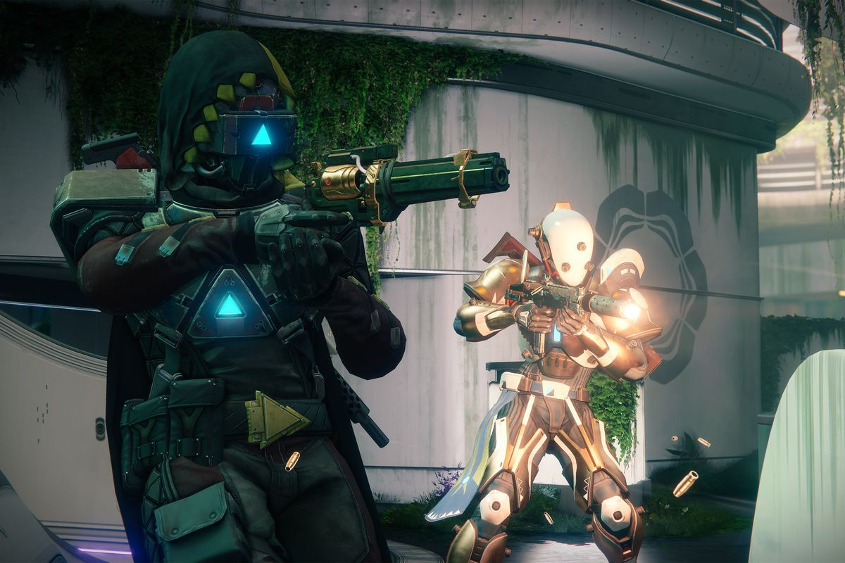 Destiny 2: Curse of Osiris - two Guardians shooting in the Crucible