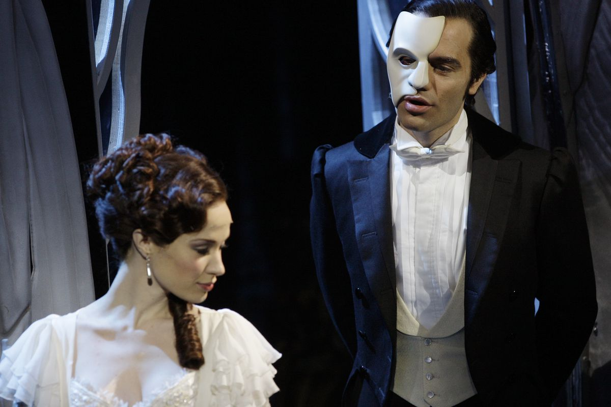 Andrew Lloyd Webber's 'The Phantom of the Opera' to stream on ...