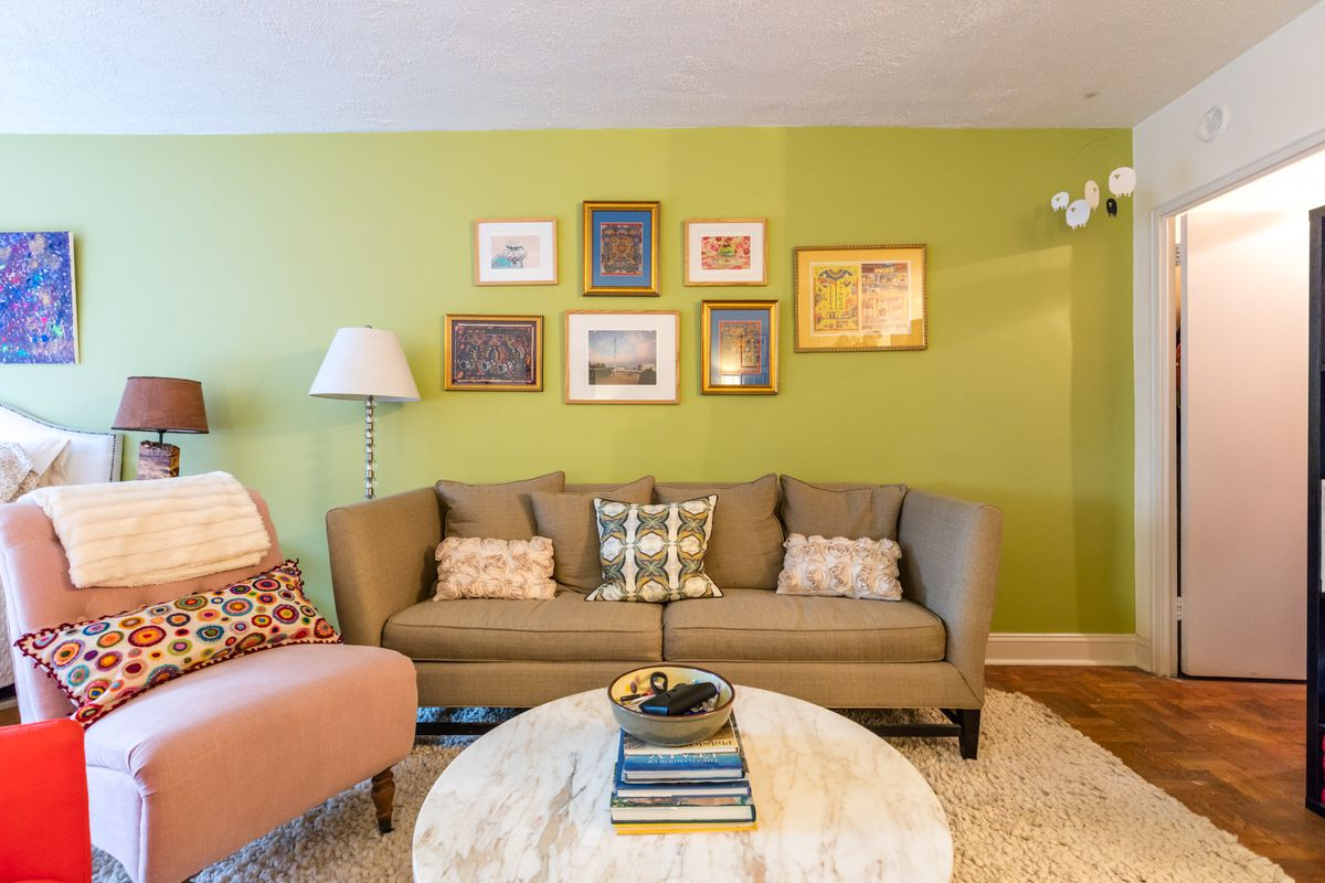 Beautiful Living Space Wall Nyc Photos - The Wall Art Decorations ...