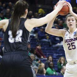 2018 NCAA Women's Basketball Tournament First Round (Saint Francis Red Flash vs UConn Huskies)