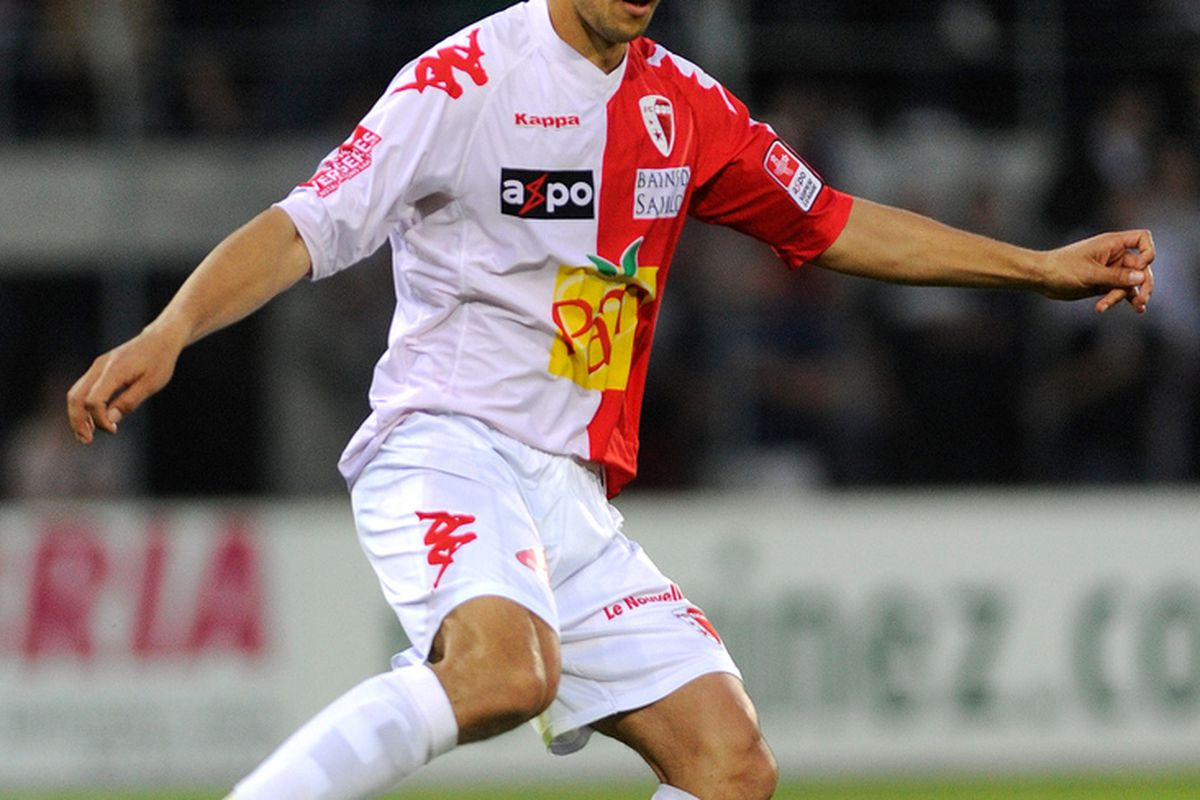 George Ogararu of Sion in action during the Swiss Super League in 2011. (Photo by Sebastien Feval/EuroFootball/Getty Images)