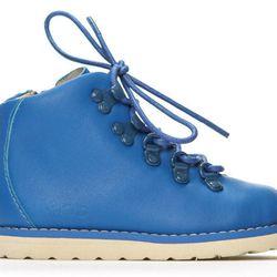 "Jasper boot in Blue, <a href=""http://shop.akidbrand.com/jzv/p/2/Shop/footwear/Jasper+Boot?p=YzE9OA=="">$90</a>"