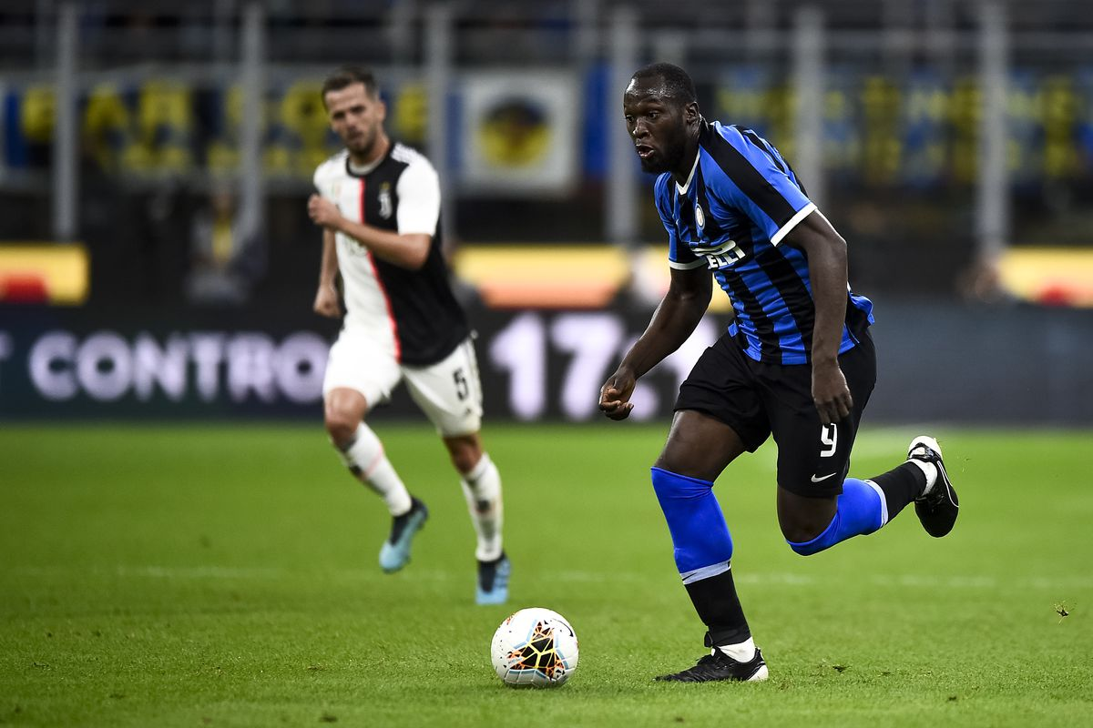 Romelu Lukaku of FC Internazionale in action during the...