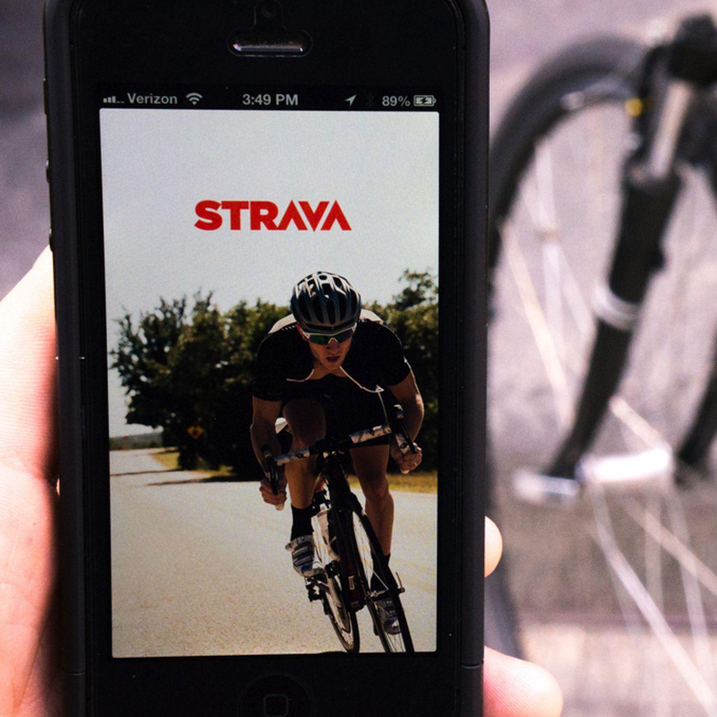 Strava's Premium service will pay for smartphones that break