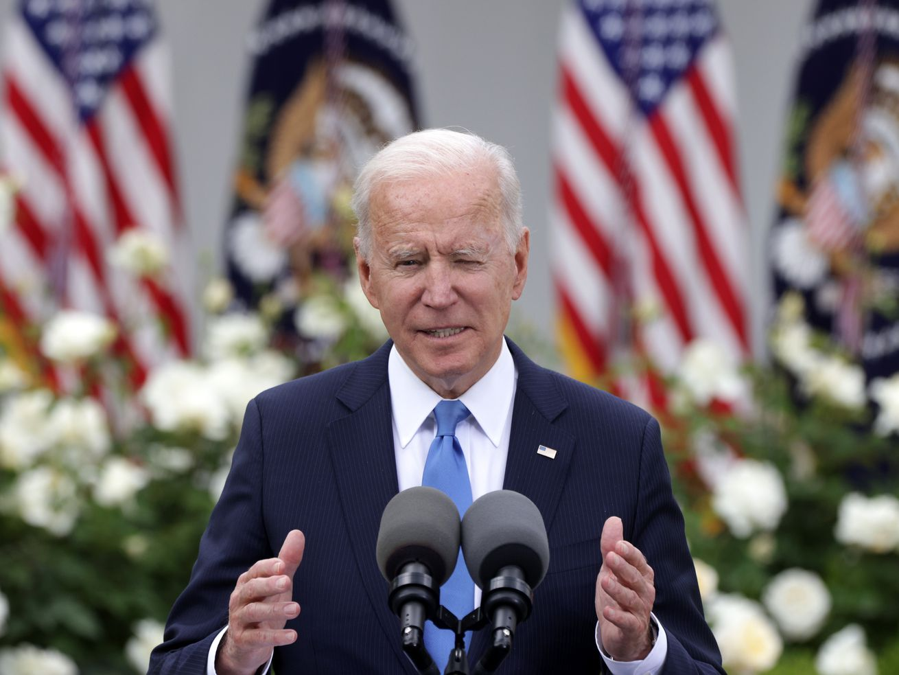 How Biden can beat vaccine polarization, explained in 600 words
