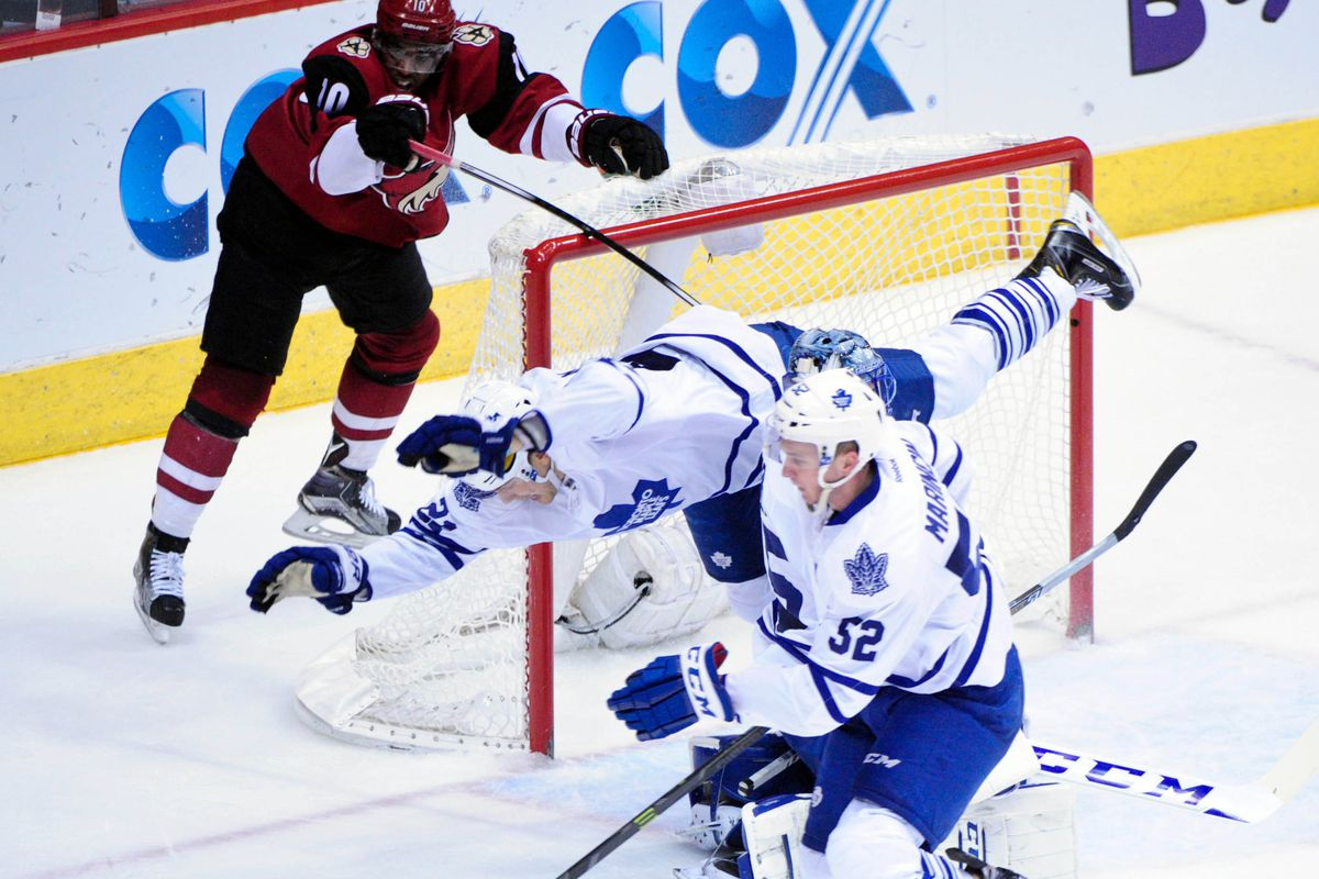 JvR really needs to pick better times to practice flying.
