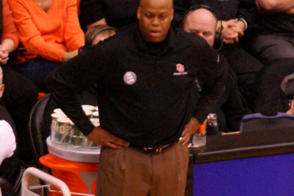 Oregon St. mens' basketball coach Craig Robinson appeared to be completely baffled by the officiating Sunday. <em>(Photo by Andy Wooldridge)</em>