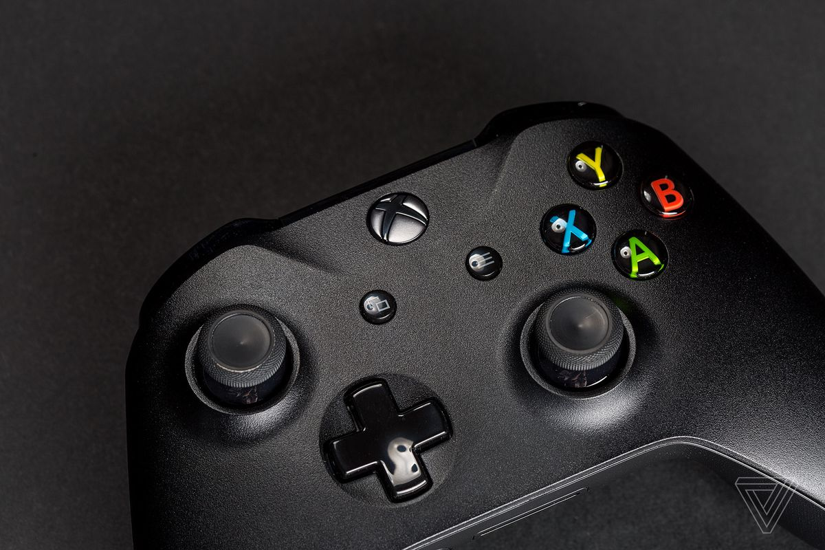 Xbox One controllers with Bluetooth and headphone jack are