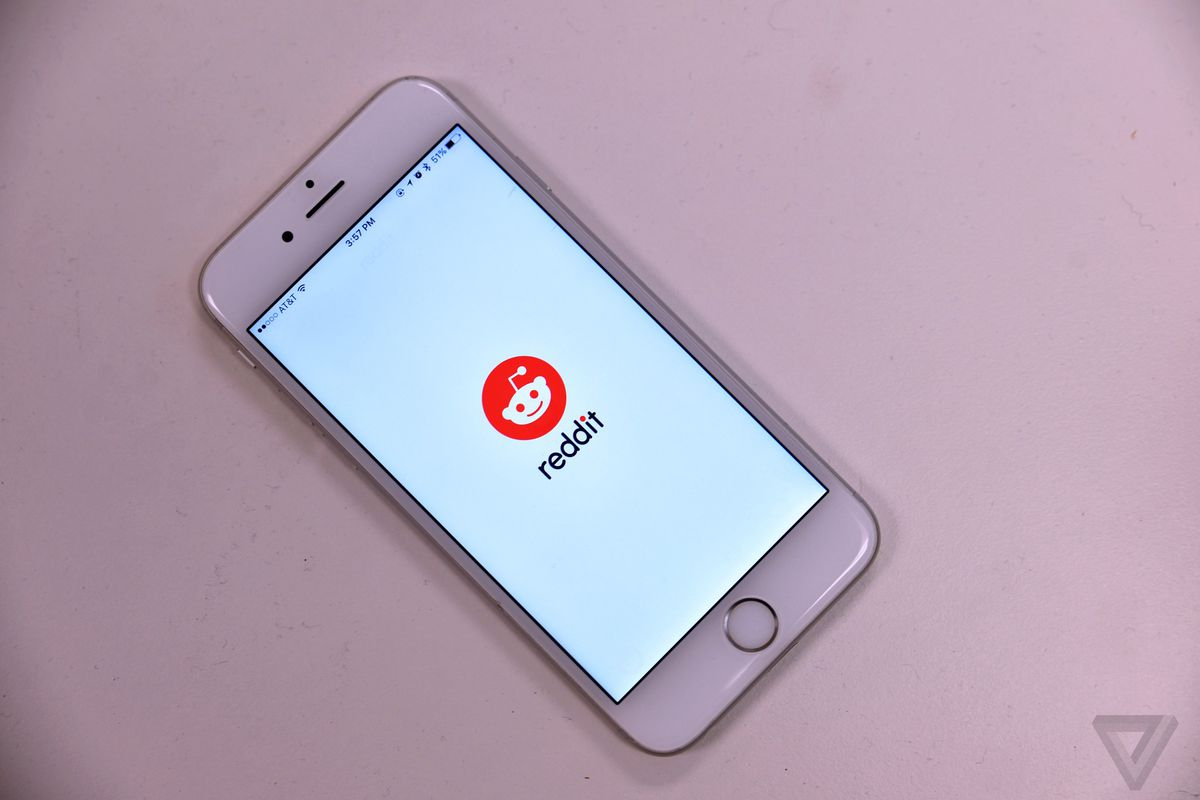 Reddit overhauls mobile app with chat function and new