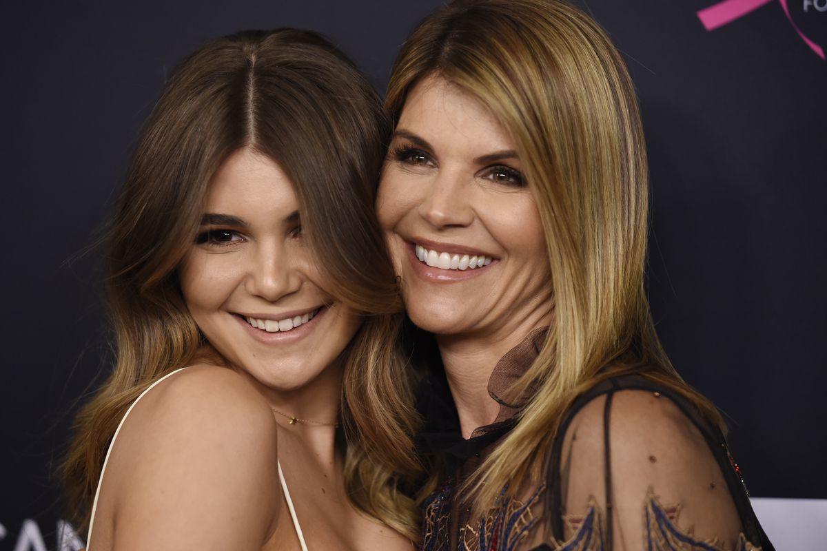 Lori Loughlin poses with her daughter Olivia Jade Giannulli.