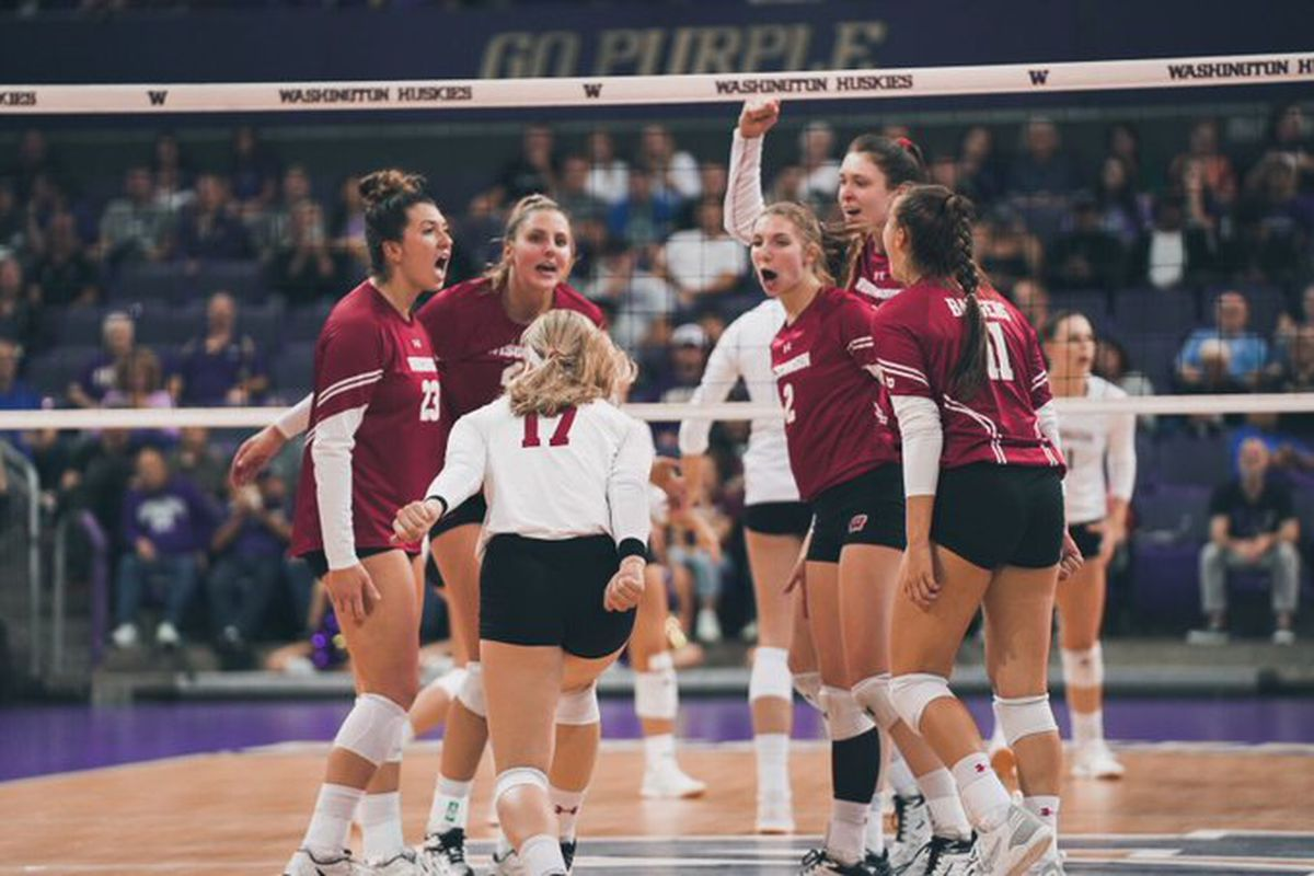 Wisconsin Badgers Volleyball Uw Falls In Rankings Again Bucky S 5th Quarter