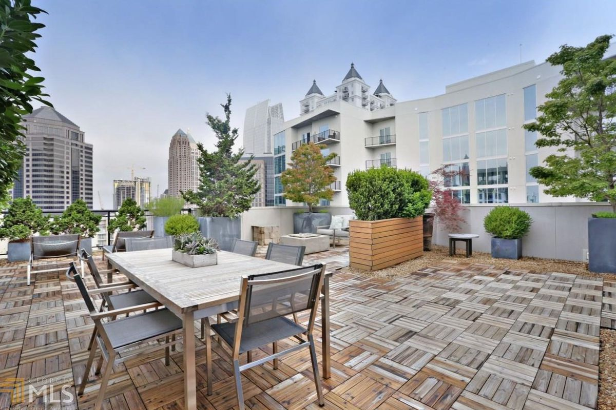 Midtown Atlanta Penthouse With Unreal Sky Terrace Hankers For 13m
