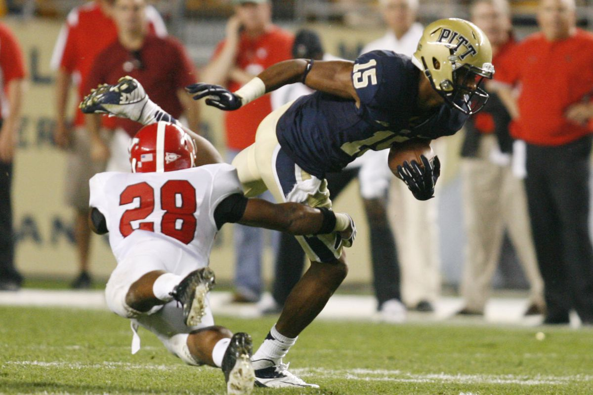 Pitt was tripped up by Youngstown State on Saturday (Charles LeClaire-US PRESSWIRE)