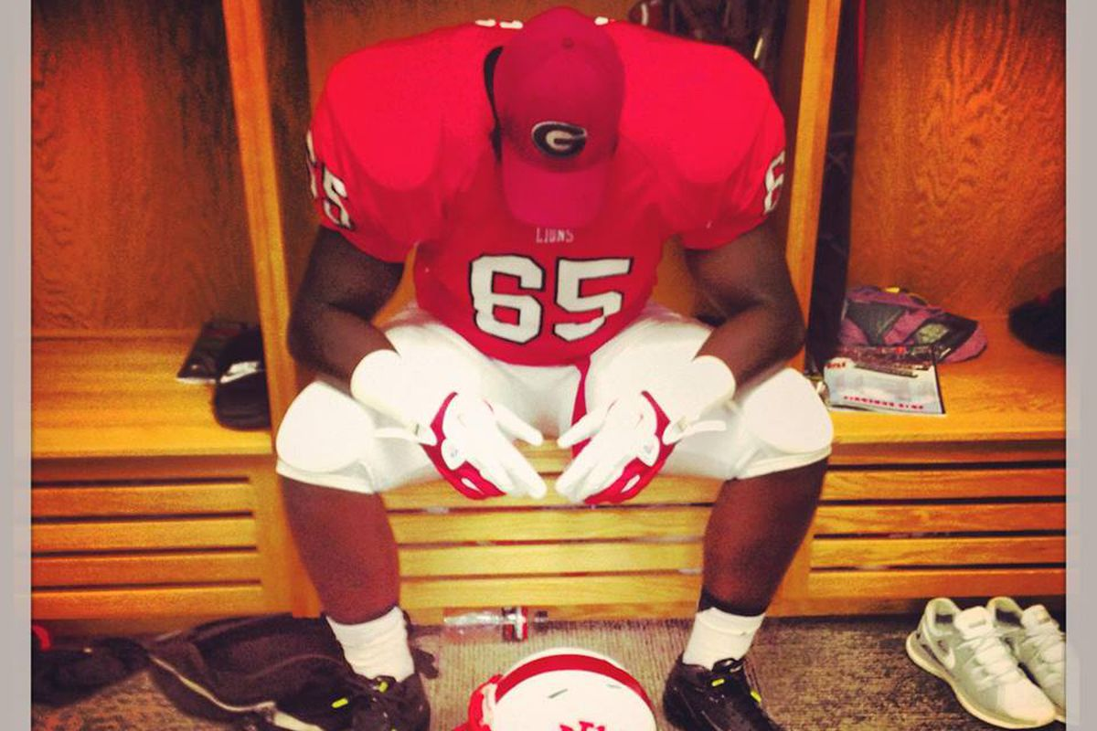 '14 JUCO OT Avery Gennesy has his final three down to Ole Miss, Ohio State, and Texas A&M