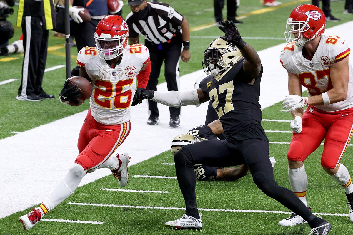 Le'Veon Bell #26 of the Kansas City Chiefs scores a touchdown against the New Orleans Saints during the fourth quarter in the game at Mercedes-Benz Superdome on December 20, 2020 in New Orleans, Louisiana.