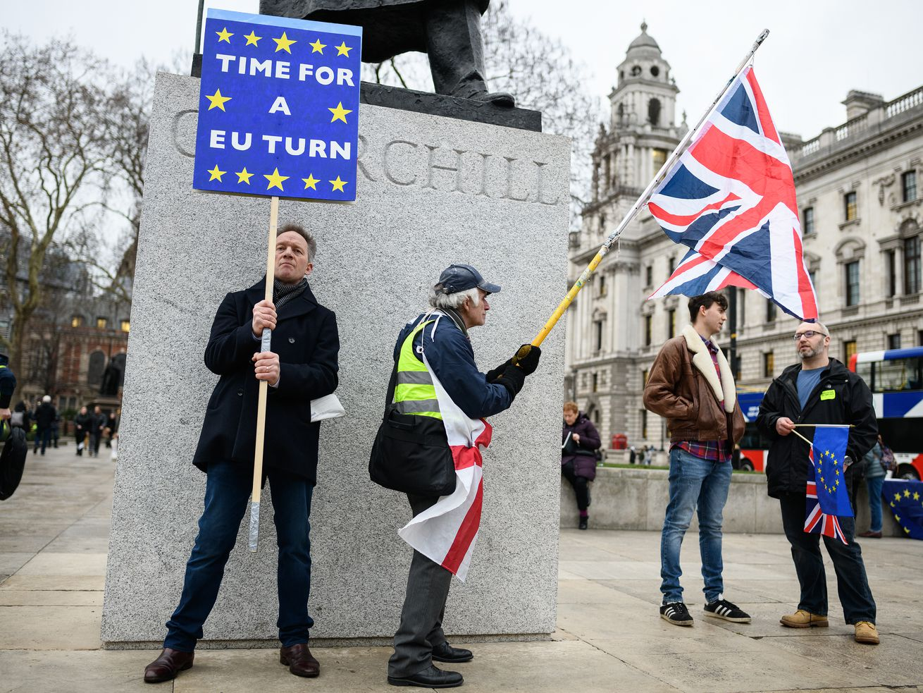 Pro-Remain and pro-Brexit protesters outside Parliament on January 15, 2019.