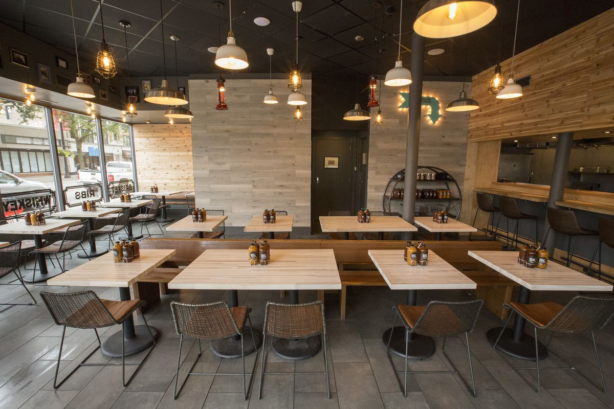 Tour hyde park s new barbecue spot before friday s opening for Table 52 chicago restaurant