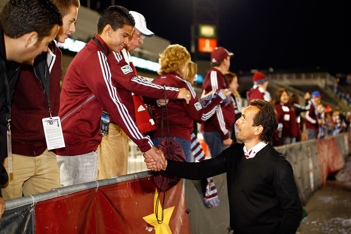 Oscar Pareja deserves a handshake for the team's performance this year.
