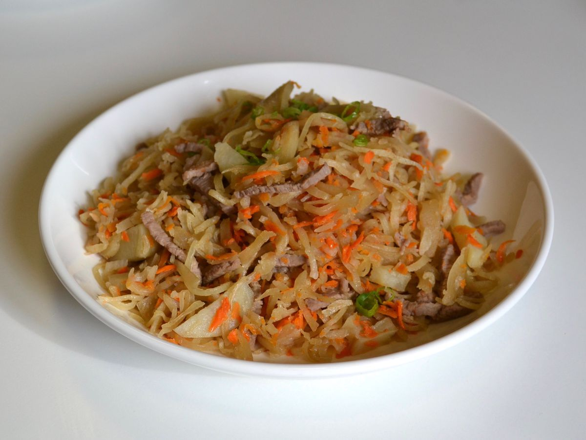 Tsuivan is a hearty stir-fry featuring house-made noodles.
