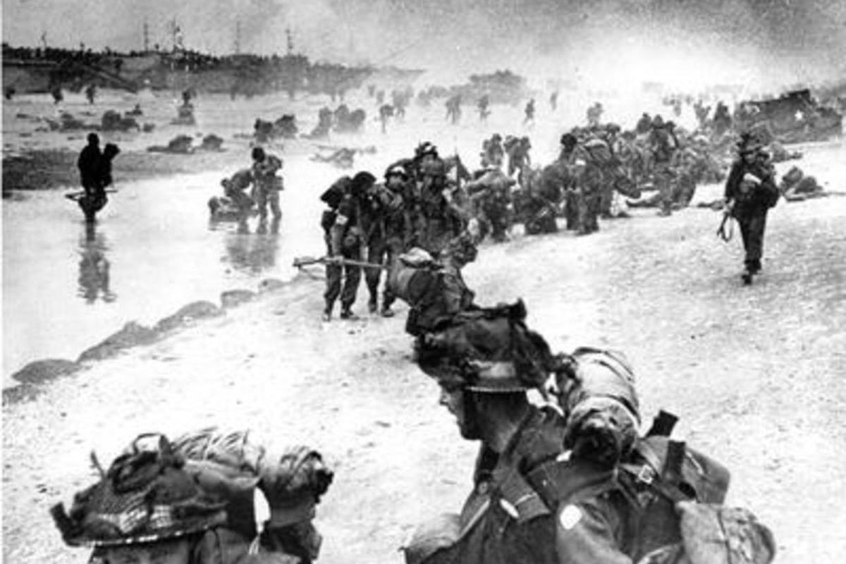 """Imagine if an operation like the Normandy landing were to occur today in 2016, in the age of social media! Interactive polls would ask: """"Which beach do you prefer, Normandy or Pas de Calais?"""""""