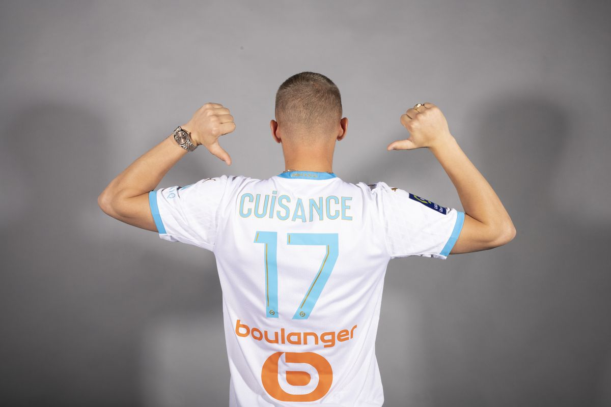 Michael Cuisance sign his Contract with Olympique de Marseille