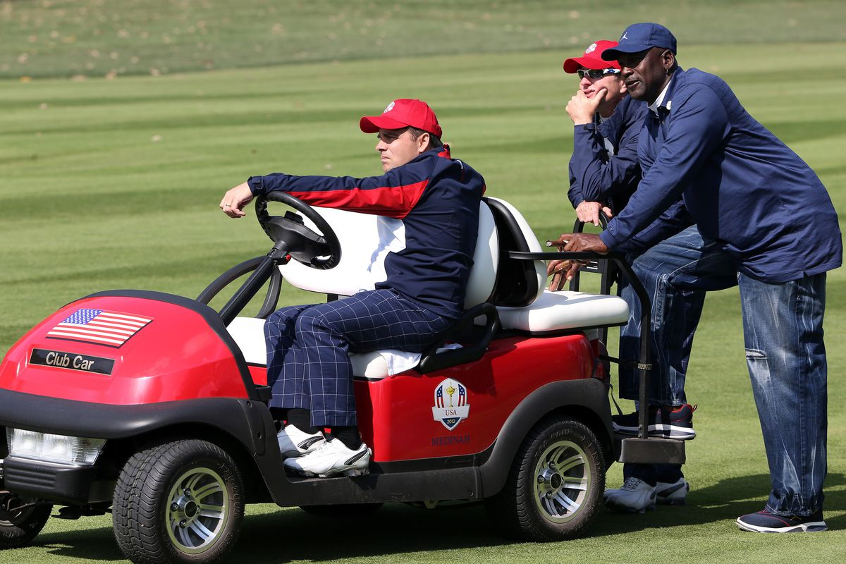 No Selfies No Social Media And No Michael Jordan At Ryder Cup - Noselfies 9 places where selfies are banned