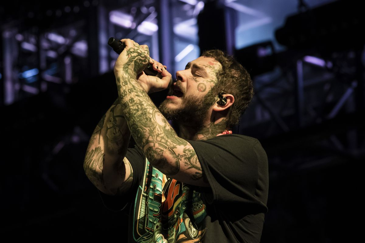 Post Malone delivered a sizzling set for throngs of fans at the T Mobile stage on Saturday night at Lollapalooza.