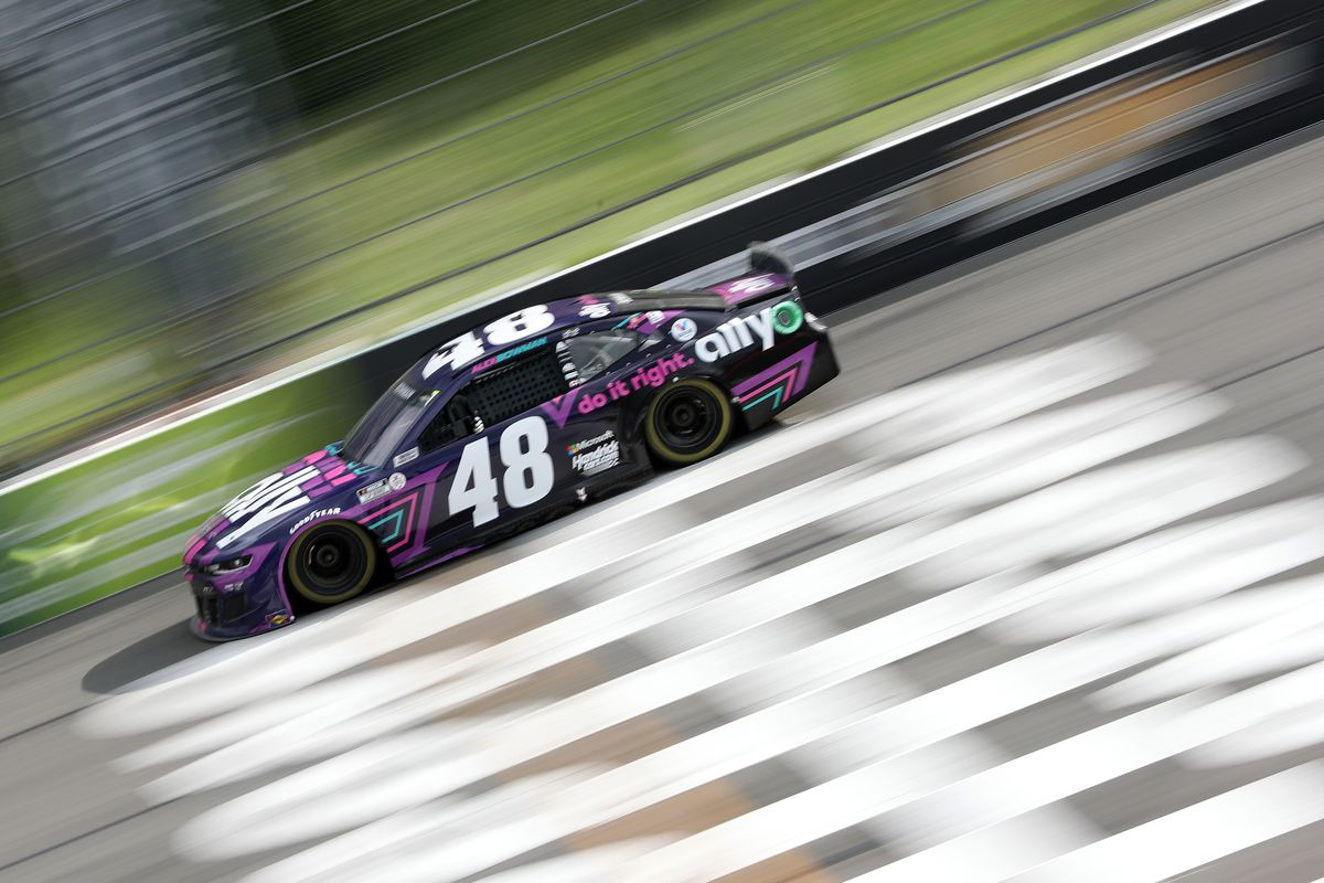 Alex Bowman, driver of the #48 Ally Chevrolet, drives during the NASCAR Cup Series Pocono Organics CBD 325 at Pocono Raceway on June 26, 2021 in Long Pond, Pennsylvania.